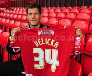 Andrius Velicka in Bristol City